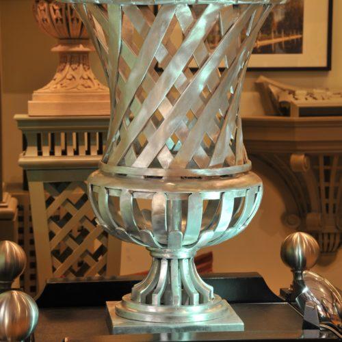 Elysee Vase in Aluminum